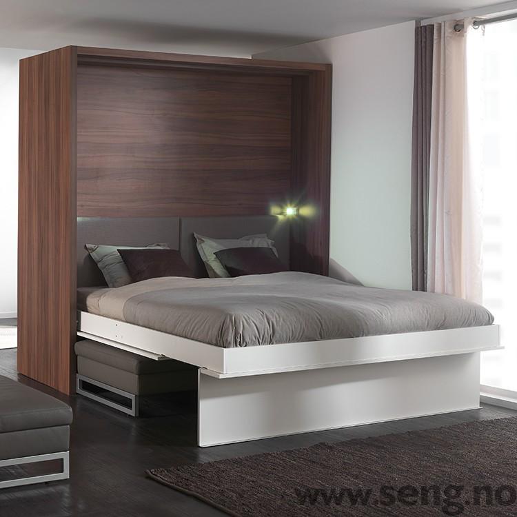 LOFT skapseng - romdeler med sofa og garderobe