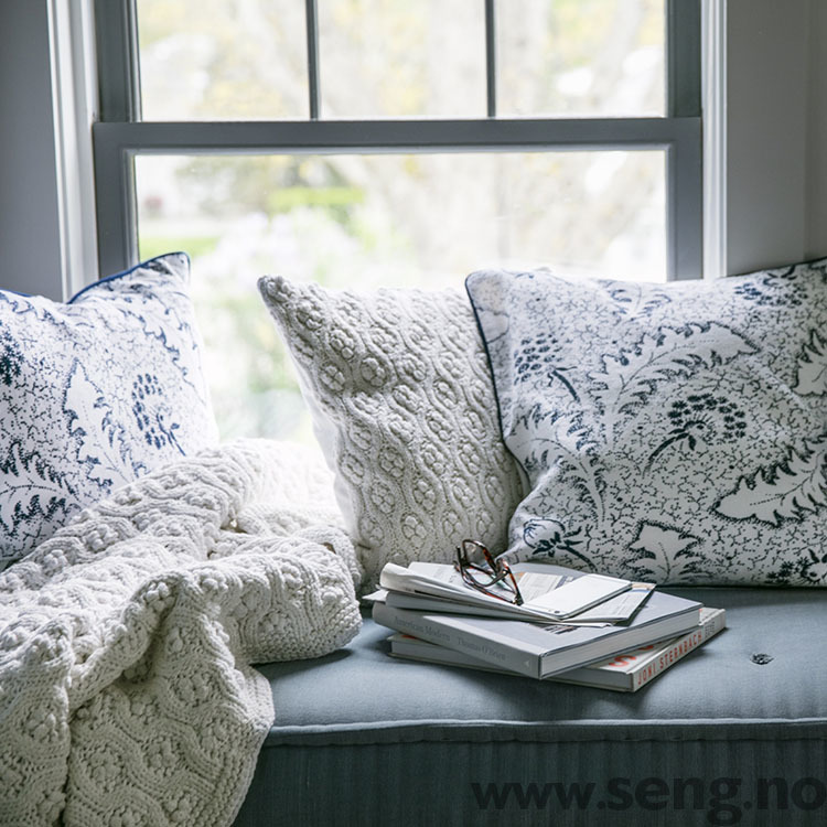 Pyntepute ''Printed Cotton'' White/Blue